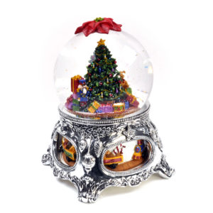 Snowglobe Christmas Tree