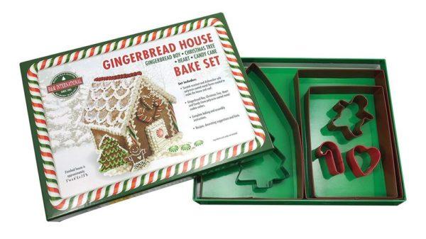 Gingerbread House Bake Set