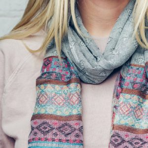 Tess Soft scarf with a striped, detailed weave design