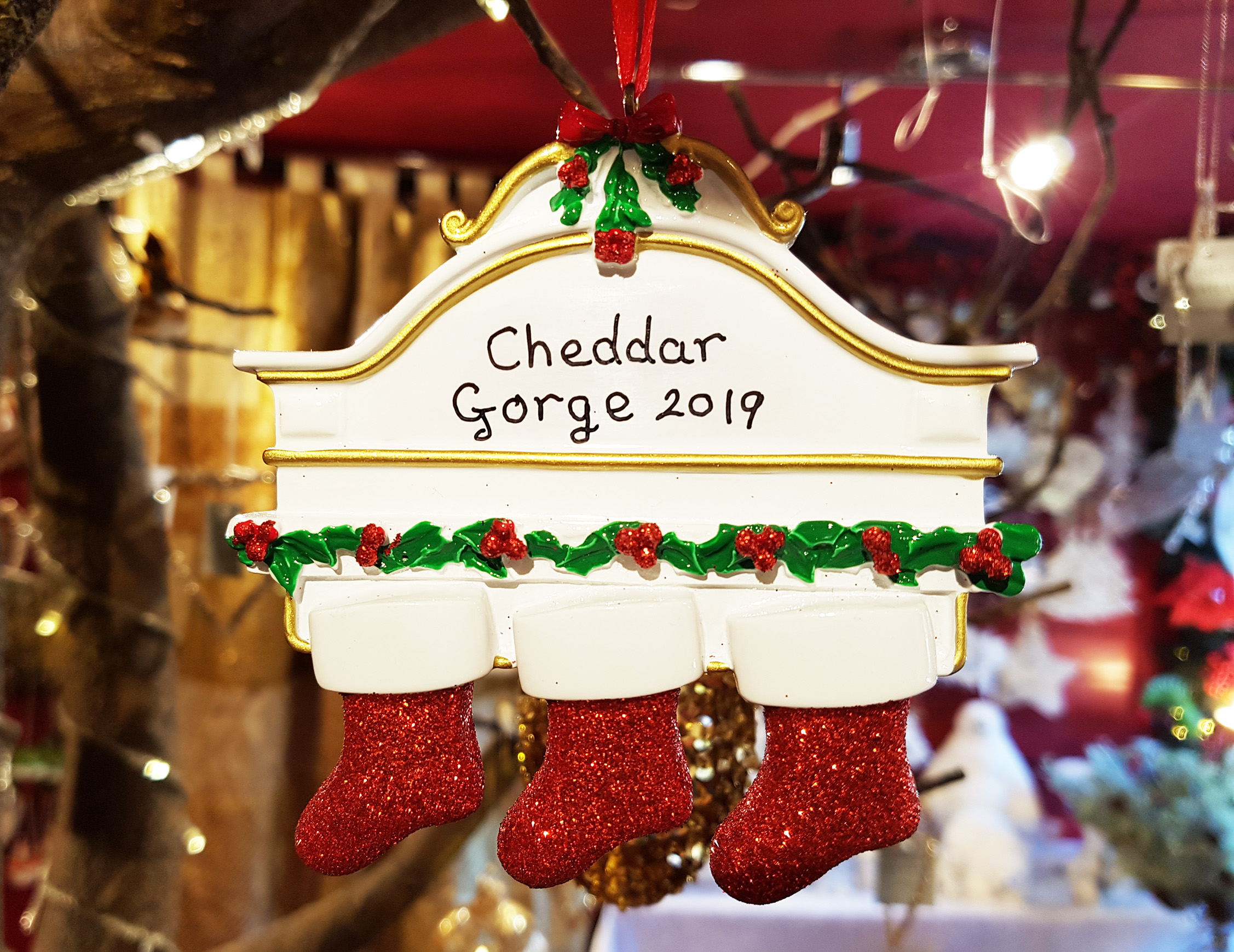 Cheddar Gorge White Mantle 3 Stockings Hanging Decoration 2019