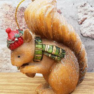 resin squirrel